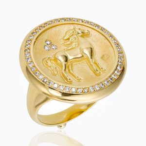 Temple St. Clair 18K Horse Coin Ring With Diamond